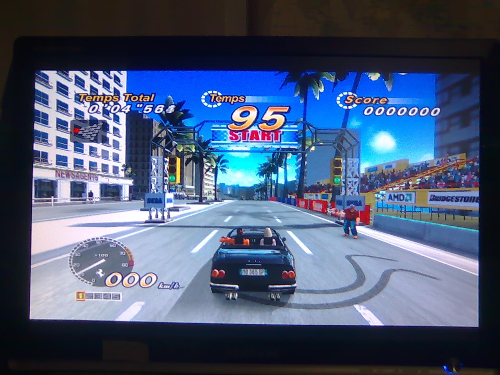 OutRun 2006 Coast2Coast sur Xbox 1 vs OutRun Online Arcade